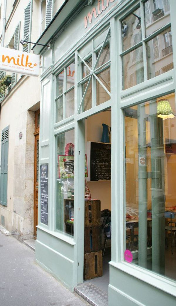 MILK - Mum In her Little Kitchen MILK – Mum In her Little Kitchen 62 rue d'orsel, 75018 Paris Metro : Abesses Tél. : 01 42 59 74 32