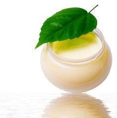 CREMA PROFESIONAL Paso a paso para aprender a hacer una crema casera hidratante y protectora con Aceite de Almendras y Aceite de Aguacate. Hacercremas.es