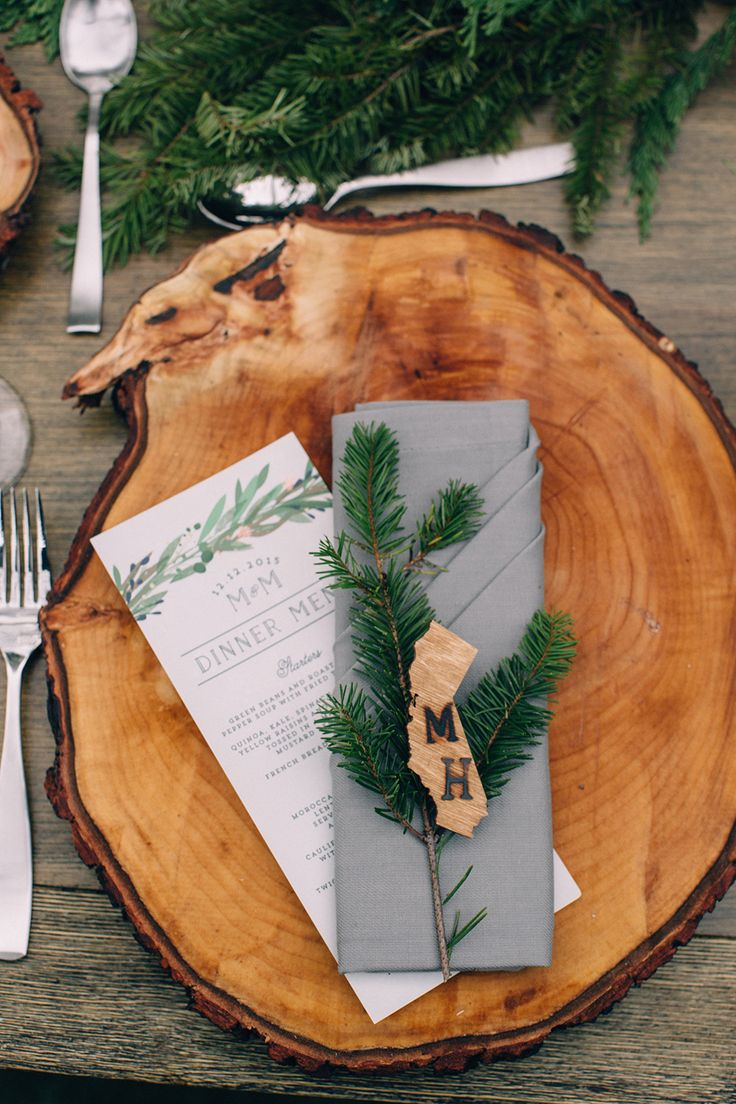 rustic wedding inspiration - photo by Martina Micko http://ruffledblog.com/a-california-wedding-inspired-by-the-forest