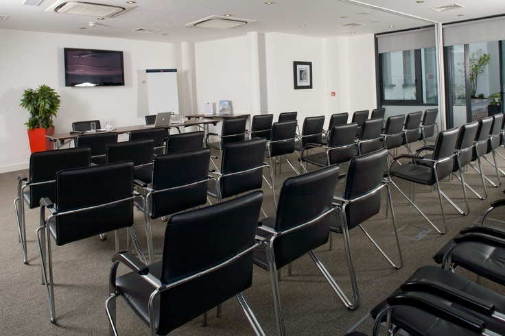 The Berkeley Room accommodates up to 80 people. It can be set to your requirements, Theatre Style, Cabaret Style, Boardroom Style etc.