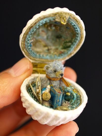 jewelry box                                                       …