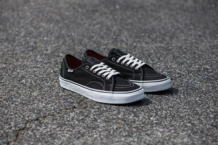 A Really Nice Take On The Classic Black And White Vans