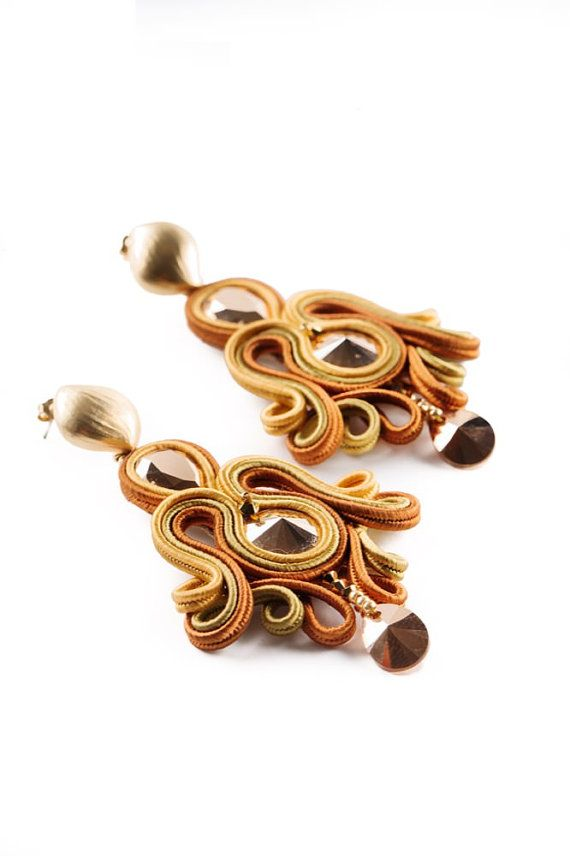 Soutache earrings by Mabibijoux on Etsy