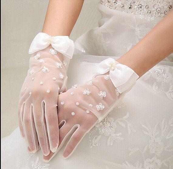 Handgemachte Lace Flower weiß Braut Handschuhe Braut Handschuhe Spitze Hochzeit Handschuhe elegante kurze Handschuhe