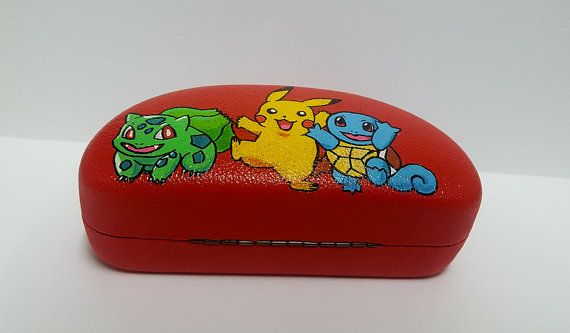 Glasses box - Pokemon, - Every case is made by hand Individual orders ( custum orders) are shipping out in 10-12 busines days. Please write at first for more details.  Thank you for visiting my shop!  https://web.facebook.com/R%C4%99cznie-malowane-buty-i-ubrania-hand-painted-shoes-and-clothes-Balbina-849793331796229/?fref=ts  https://pl.pinterest.com/balbinaart/