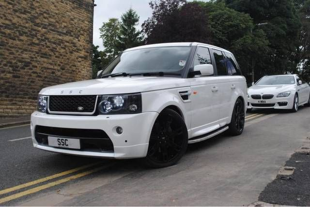 2007 Range Rover Sport 2.7 TDV6 HSE 4x4. Audi Ibis White. Full Land Rover service history. Click on pic shown for loads more.