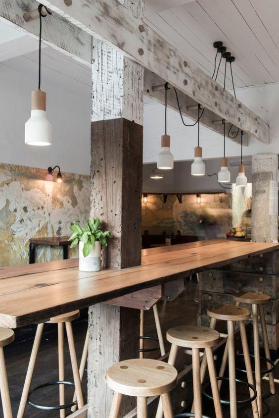 Só quem tem um restaurante ou bar sabe como é importante aproveitar cada espaço do salão para garantir mais uma mesa.