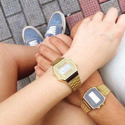 Đồng hồ Cặp Casio Chính Hãng – Yêu Là Phải Phiêu Mỗi Ngày Những người trẻ ngày nay yêu nhau rất vội và cũng chia tay rất nhanh đó là vì họ chưa thật sự biết cách để giữ lựa cho tình yêu đó. Cũng như câu nói yêu là phải phiêu mỗi ngày, hai bạn phải để mỗi ngày phải trải qua thật nhiều cảm xúc cùng với chất xúc tác là đồng hồ cặp Casio chính hãng mà chúng tôi tin là minh chứng tình yêu đáng để hai bạn lựa chọn nhất này.