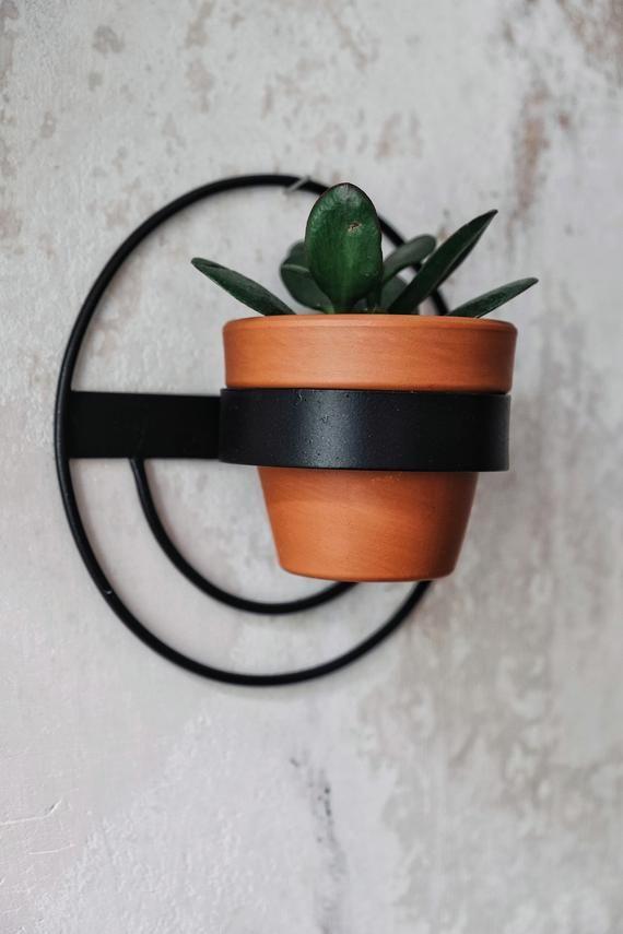 1 Wall Planter Round Metal Black Hanging