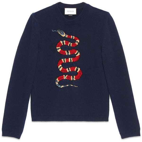 Gucci Kingsnake Jacquard Wool Sweater (€755) ❤ liked on Polyvore featuring men's fashion, men's clothing, men's sweaters, ink blue, mens woolen sweaters, mens crew sweater, gucci mens sweater, mens wool sweaters and mens crew neck sweaters