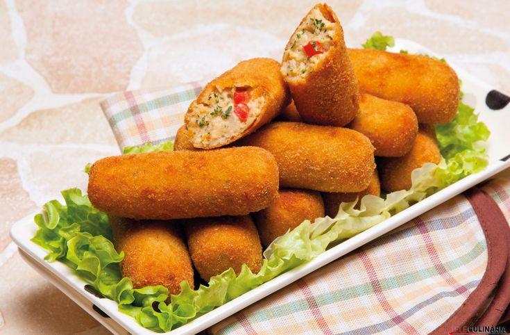Receita de Croquetes de frango assado. Descubra como cozinhar Croquetes de frango assado de maneira prática e deliciosa com a Teleculinária!