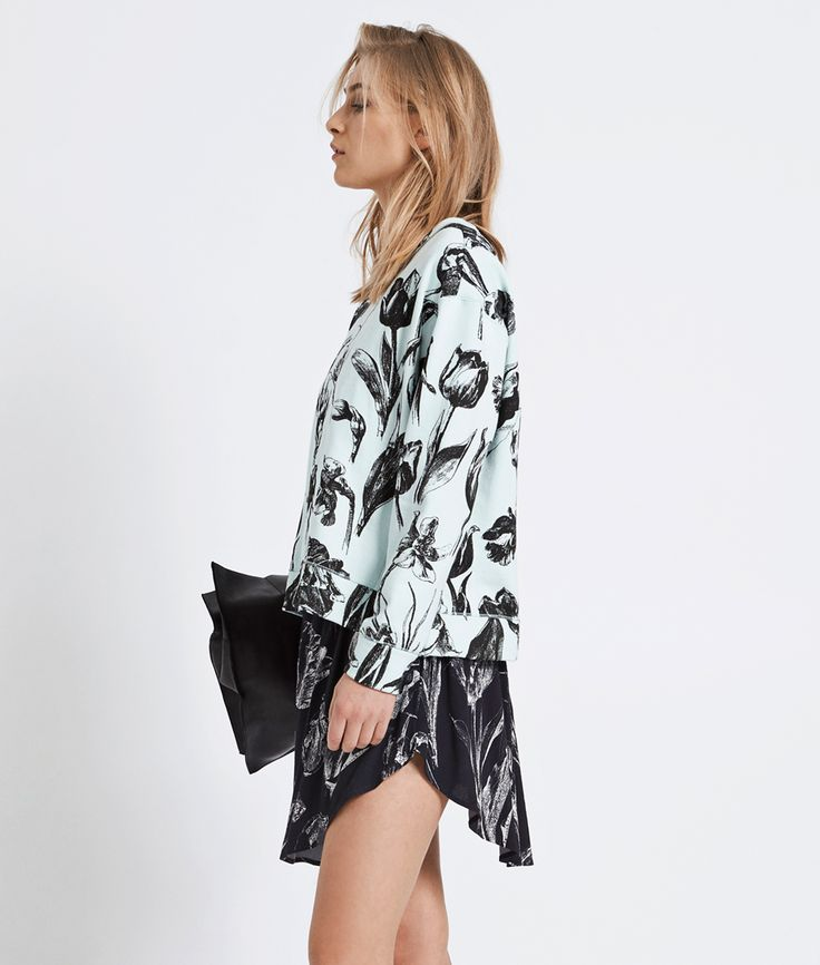 Black botanical print is one of our favorites | Mixing & matching the colors but keeping the print the same is a cool way of getting a twist | #samsøesamsøe #danishdesign