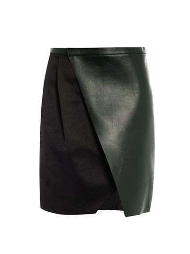 Just the perfect black skirt. By Sportmax