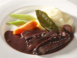 Beef braised in Barolo | Italian Recipes | Italian recipes - Italian food culture - Academia Barilla