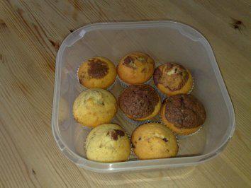 Das perfekte Muffins: Marmor-Nutella-Muffins-Rezept mit einfacher Schritt-für-Schritt-Anleitung: Die weiche Butter mit dem Zucker und dem Mark 1/2…