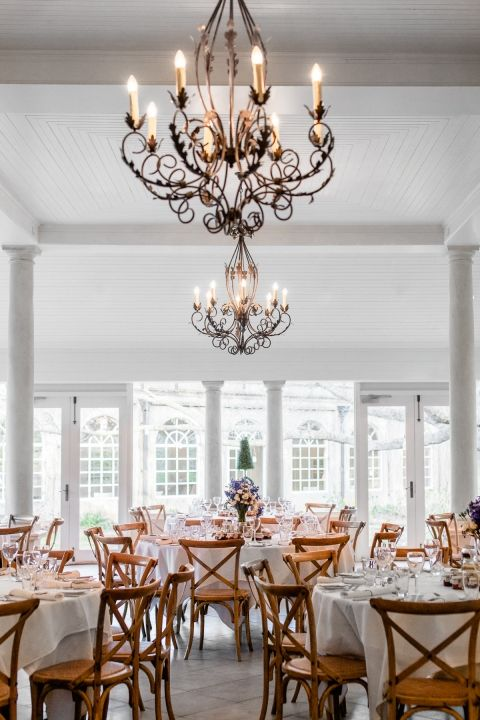 Refined Country Elegance / Real Weddin: Sebastian + Melissa / Photographed by Hilary Cam Photography