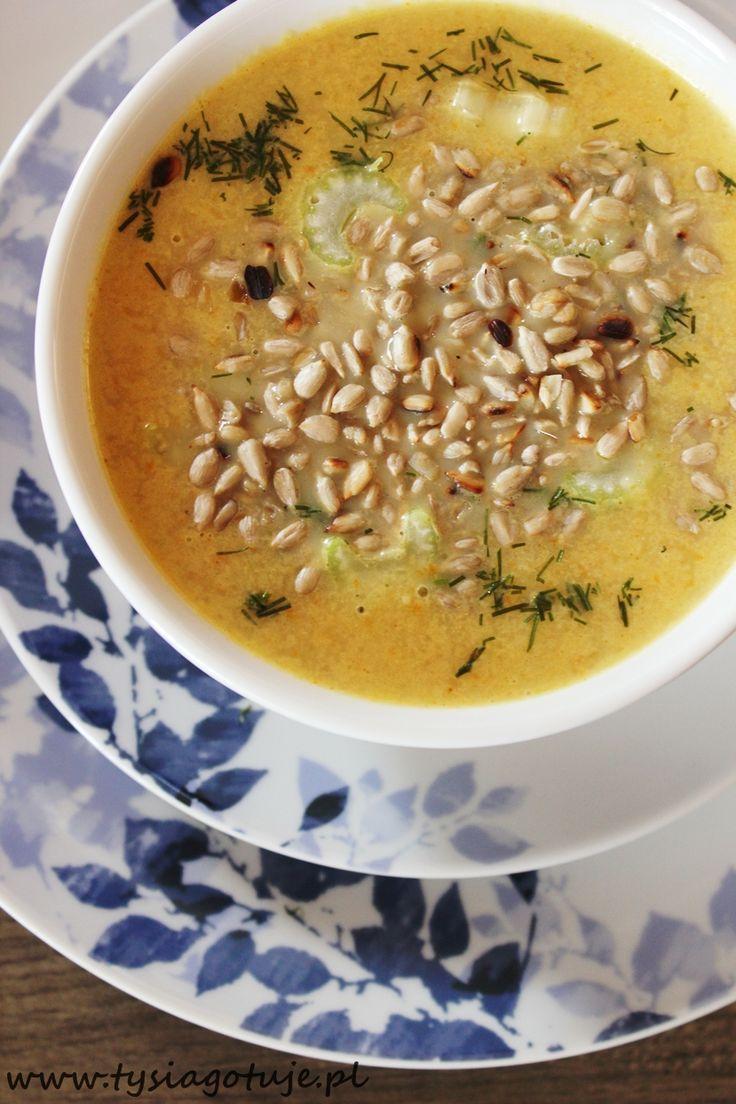 Tysia Gotuje: Zupa krem z selera naciowego z prażonym słonecznikiem