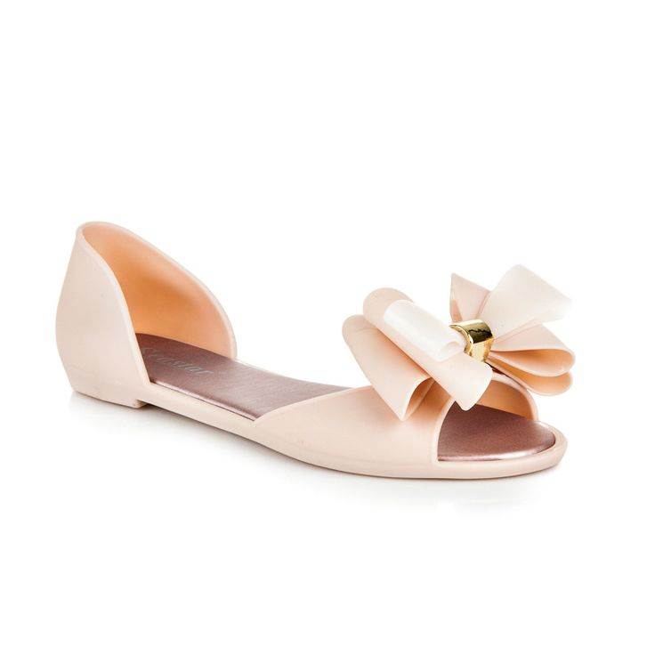 Sandals melissa with a bow Beige sandals on flat soles. Made of top quality rubber that will give you comfort and durability in all conditions. Sandals are slid with a built-in heel. Sandals will be the best solution for summer. It gives you not only comfort, but also a trendy and stylish look. https://www.cosmopolitus.com/sandAly-melisky-maslI-odstiny-hnede-bezove-kg08be-p-246609.html?language=en&pID=246609 #sandals #melissa #bow #summer #rubber #slung #women #cheap
