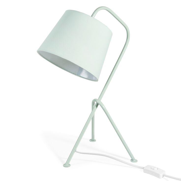 Lampe vintage en métal vert pastel H 45 cm chez Maisons du Monde (21,99 euros)