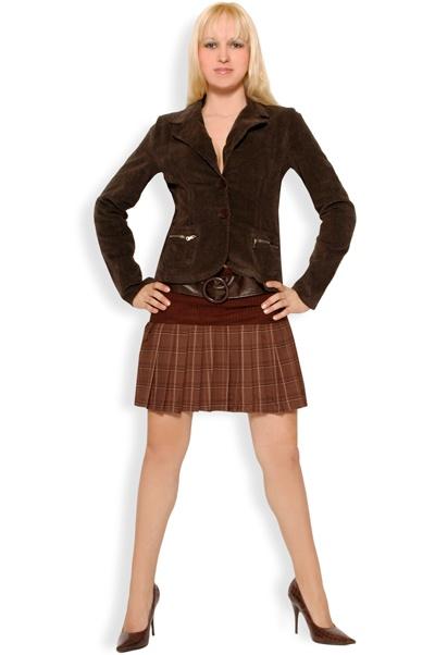 Abbigliamento da Donna  http://www.abbigliamentodadonna.it/gonna-scozzese-balze-p-279.html  Cod.Art.000109 - Gonna scozzese a balze con cintura ed ampia fascia elastica in vita. Un capo casual per un look moderno, giovane e trendy. Ideale da indossare tutti i giorni.