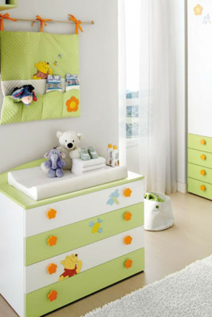 Composiciones para cuarto de beb s winnie the pooh y camas disney cunas muebles de servicio for Stickers para dormitorios