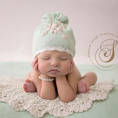 45 best crochet newborn photo prop images on pinterest hand sooooo wanna find someone local to do this for the baby when he comes newborn i love this pose solutioingenieria Gallery