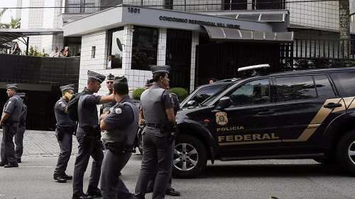 Cronaca: #02:01 | #Tangenti Brasile stampa:indagini su diversi ministri e parlamentari (link: http://ift.tt/2oqlhq4 )