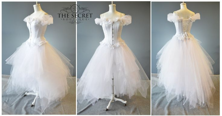 White Flowers tulle dress - The Secret Boutique
