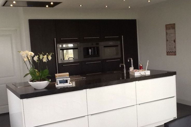 25 beste idee n over klein appartement ontwerp op pinterest appartementontwerp - Deco keuken ontwerp ...