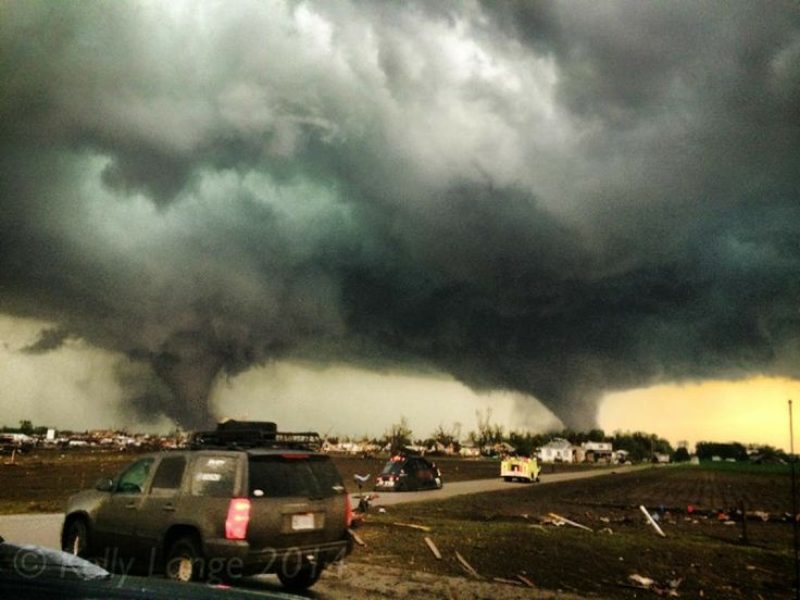 Top 10 Weather Photographs: 6/18/2014 – The top 10 weather photographs shared in the Mr Twister Weather Snapshot group on June 16th 2014 DONATE TO TORNADO VICTIMS #1 Kelly Rebecca (455 Likes) Si