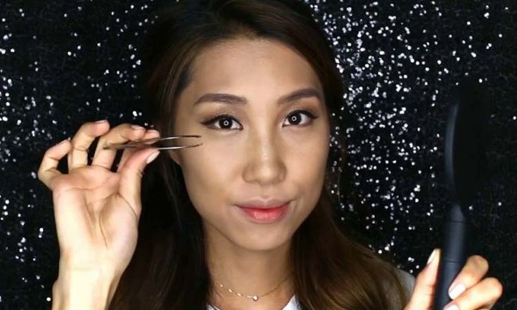 """Are you amazed at how flawless and perfect the skin of celebs look on screen? Even with close-ups, it seems as if these people have no pores! And that is what each and every one of us has always dreamt of, right? Well, thanks to HD complexion makeup, this beauty goal is no longer just … <a href=""""https://www.gorgeousgirl.com/bold-lips-makeup-tutorial.html"""" class=""""more-link"""">Continue reading<span class=""""screen-reader-text""""> """"HD Complexion & Bold Lips Makeup Tutorial""""</span></a>"""