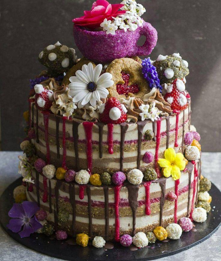 Raw 2 Tier Cake