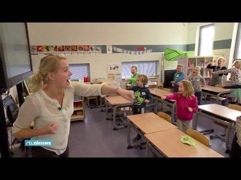 Groningse onderzoekers bedachten een proef waarbij kinderen op de basisschool rekenen en taal leren terwijl ze bewegen. En deze 'Fit & Vaardig'-les blijkt een groot succes. >>> inspiratie voor nieuwe beweegopdrachten vind je natuurlijk op: http://www.TOP-tot-TEEN-spel.nl