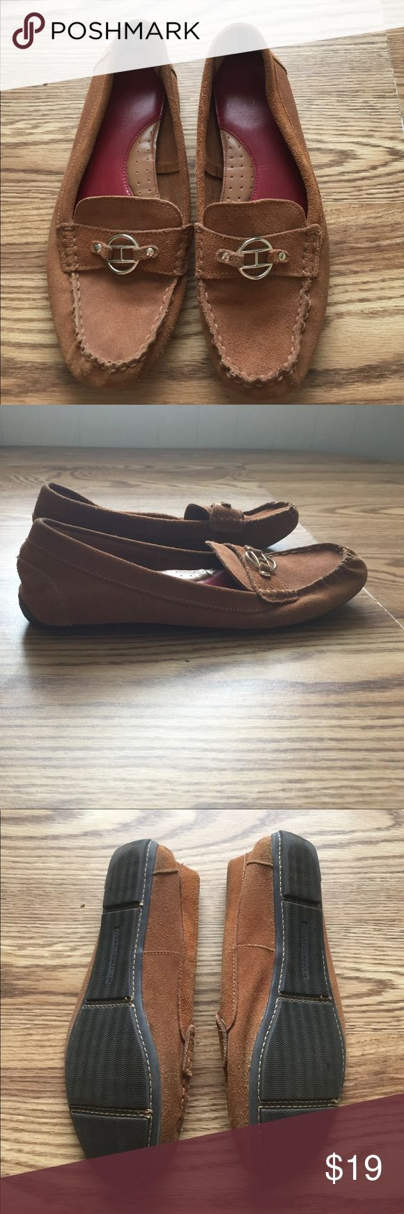 Suede driving loafers Tan suede moccasin type driving loafer. Super comfy with arch support. Worn a few times, my foot grew once I had a baby (yes, it can happen) so they no longer fit. Oddly there is no size 'stamp' on the shoe but they're a Womens 9. Tommy Hilfiger Shoes Moccasins