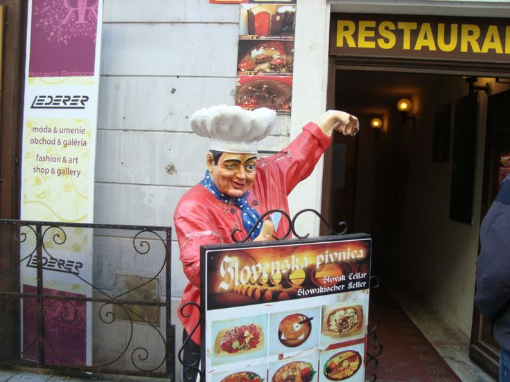 Bratislava restaurant -lunch time