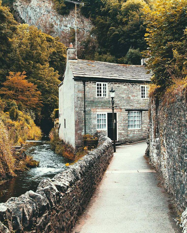 Oltre 25 fantastiche idee su cottage inglesi su pinterest for Planimetrie di cottage francesi