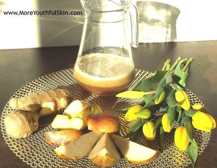 Ginger Juice with Pears and Apples - Ginger Juice with Pears and Apples – Will Warm You Up And Strengthen Your Immune System  Or how to boost immune system quickly adding a Maca root powder The days get longer, there is more sunlight… So what about to get our body ready for the change of biorhythms so that the transition into... - http://moreyouthfulskin.com/en/ginger-pear-apple-juice/