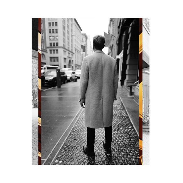 SALLE PRIVÉE | The Alain double-breasted wool overcoat is one of the 5 exclusive coats that are now available online at salle-privee.com. Created with a fashionable extra long fit and made from sturdy, high quality boiled wool. #salleprivee #overcoat #madeinitaly #menswear