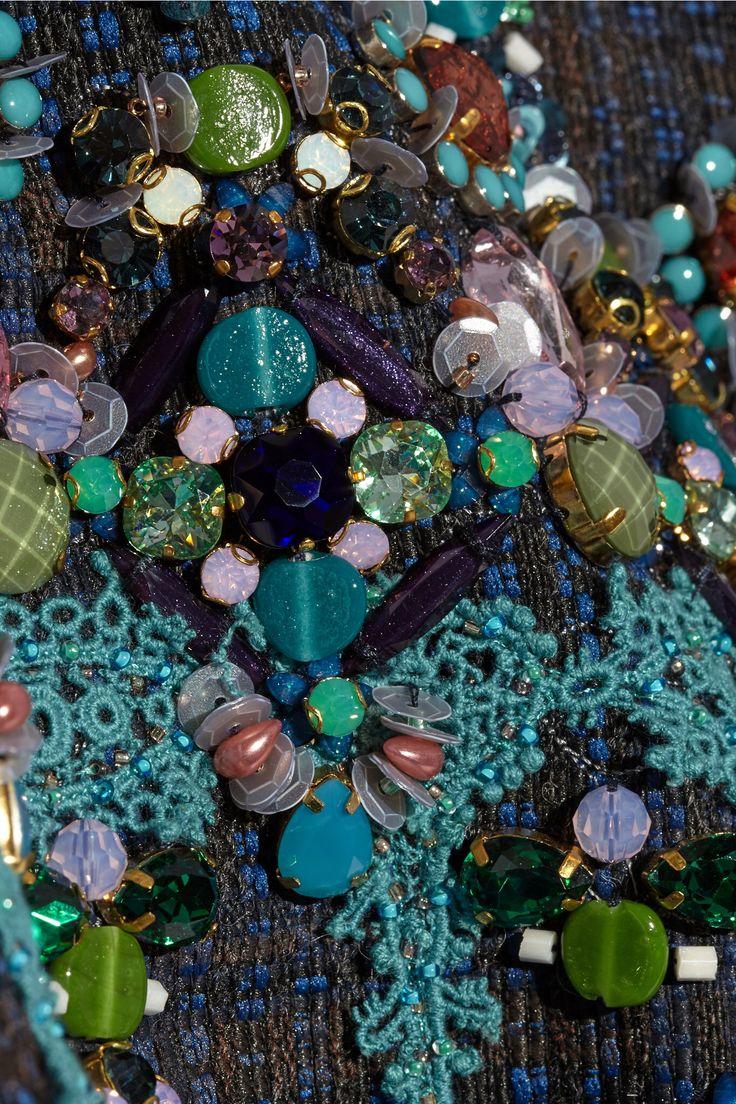 #Biyan #fashiondetails #embroidery #green #blue