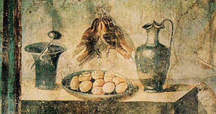 Comida.En los banquetes de lujo se servían pintadas, faisanes y urogallos, aún hoy considerados exquisiteces, pero también otros más extraños para nuestros gustos, como pavos reales, grullas, loros y flamencos (especialmente sus lenguas, que eran muy apreciadas).Las más consumidas eran los gansos, las gallinas y las perdices,palomas y todo tipo de pájaros, tales como mirlos, estorninos, tordos o pinzones.
