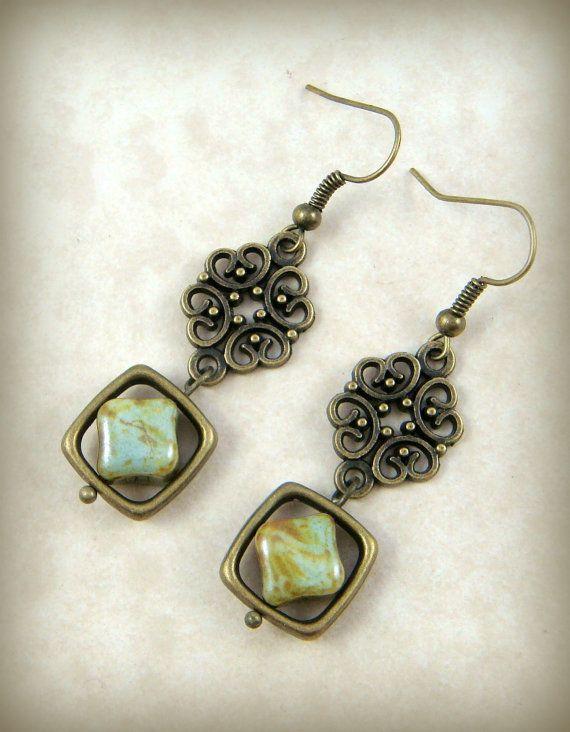 Ohrringe - Salbei grün Picasso mit Messing Link - Damen Ohrringe - Cottage-Chic - rustikale lässig Schmuck - Picasso-Perlen-Ohrringe mit Messing