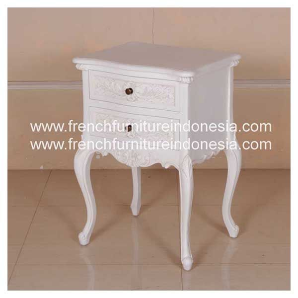 Buy quality French Louis XV Nighstand 2 Drawer Bedside from Indonesian Reproduction Furniture Manufacturer. We are reproduction furniture 100 % export furniture manufacturer specialist french furniture design with antique finish. #WhiteFurniture #HomeFurniture #MahoganyFurniture #ExporterFurniture #IndustrialFurniture