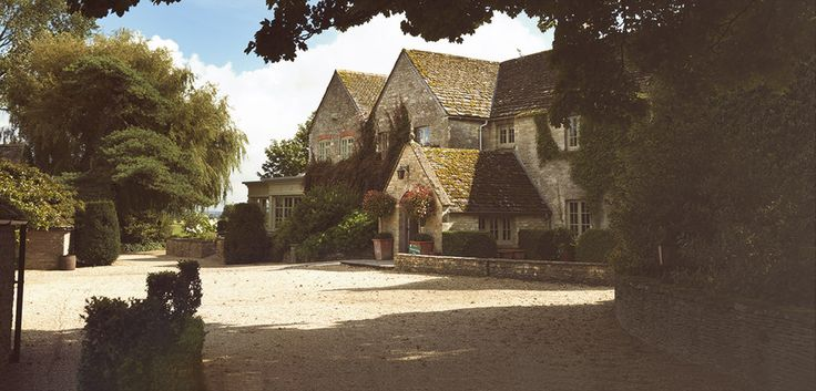 Official Website - Calcot Manor Hotel & Spa features 35 individually-designed rooms set in 220 acres of beautiful Cotswolds meadowland - Best Rates Guaranteed