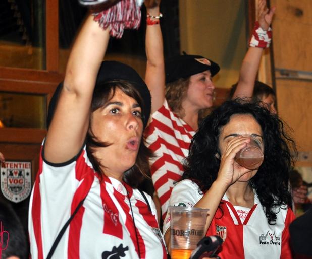 Suporteri spanioli in Centrul Vechi