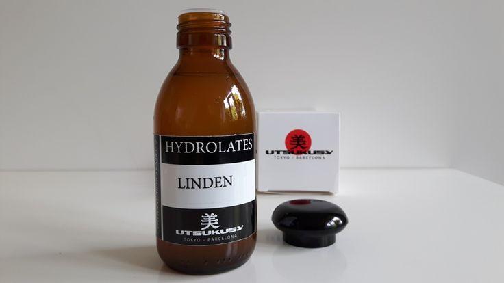Utsukusy Lindenbloesem hydrolaat. Debbie van Beautydots heeft een passie voor natuurlijke cosmetica en een diepgaande liefde voor dieren. Ze wil graag creatieve en bewuste vrouwen inspireren, onder andere met beauty.  Ze probeerde het lindenbloesem hydrolaat, voor haar ook een nieuw product. Ze had nog niet eerder een hydrolaat gebruikt. Wat ze er over te zeggen heeft en hoe ze het ervaren heeft, lees je hier. http://beautydots.nl/2016/06/23/utsukusy-lindenbloesem-hydrolaat/ Hydrolaten zijn…