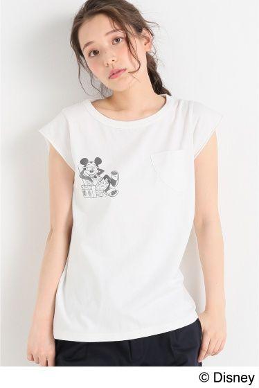 BBF/MICKEY/ MUSIC F/S Tシャツ  BBF/MICKEY/ MUSIC F/S Tシャツ 3888 simplicteBRUCE BROWN FILMSコラボアイテム ヴィンテージ風のプリントが大人っぽく着て頂けるTシャツ 袖はフレンチスリーブでカジュアルな中にも女性らしさを感じさせます リラックス感のあるシルエットがこれからの季節にぴったりの1着です BRUCE BROWN FILMS 約60年前にブルースブラウンフィルム映画製作会社が設立された ブラウンは親に見せる為にサーフィンを撮り始めた まだサーフィンが知られていない50年代の事だ サーフィンを撮り続けサーフィン映画という新しいジャンルを確立していく ブラウンの作品はライディングをつなげたただの記録映画ではなくストーリーがあり そしてユーモアがあった ライフスタイルドキュメンタリーが多く世に出る中 The Endless Summer(1964)On Any Sunday(1971) の作品がアカデミー賞を受賞 ブラウンのクラシカルなフィルムおよびライフスタイルは…