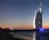 Wallpaper superb cu orasul Dubai in diferite dimensiuni : 1024x768, 1280x800, 1366x768, 1920x1200