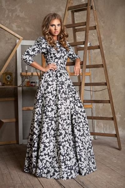 Wearing this vintage beach dress will make you stunning when you dressing it along beach. The A-line hem of this dress makes you elegant and the material is really good and comfortable to wear.