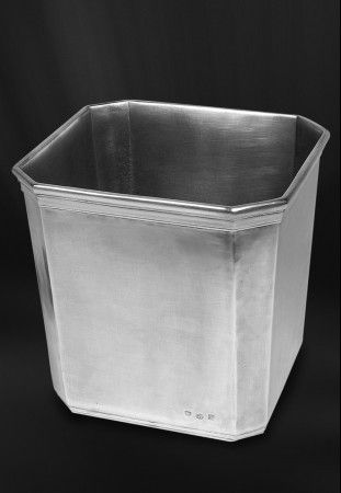 pewter waste basket  http://www.pewter-gt.com/pewter-products/pewter-bath-accessories  #italian #pewter #housewares #manufacturers #madeinitaly #bath #accessories #waste #basket