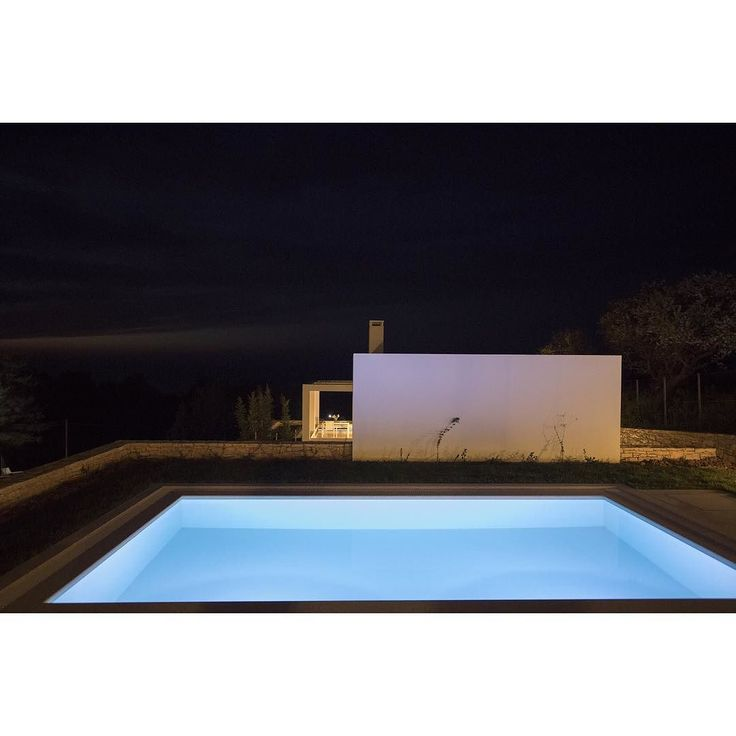 #gkandilakis #giannis_kandilakis #archilovers #architect #architects #archidaily #architecture #architectureporn #architecturephotography #architexture #architecturalphotography #architettura #night #nightphotography #lines #line #lighting #light #minimalist #minimal #minimalism #minimalove #color #blue #building #greece #crete